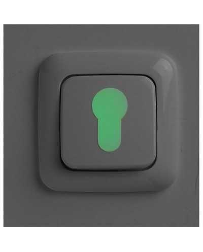 Set de 3 stickers phosphorescents pour interrupteur et serrure.