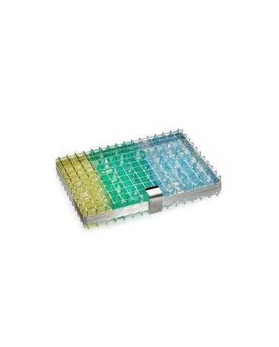 Support en inox pour le lavage des godets à médicaments.