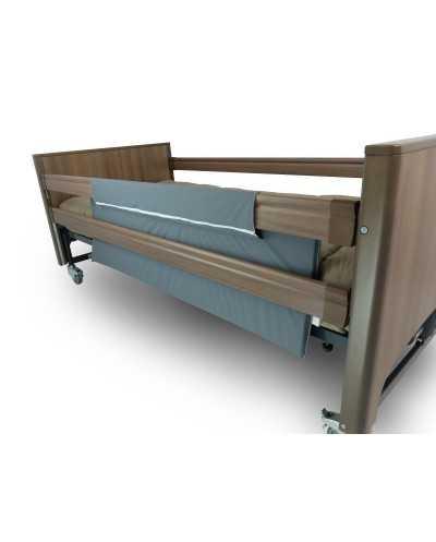Protection en mousse pour barrière de lit, à zipper sur les barrières.
